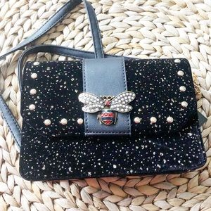NWT Olivia Miller Bee Black Velvet Sparkle Purse
